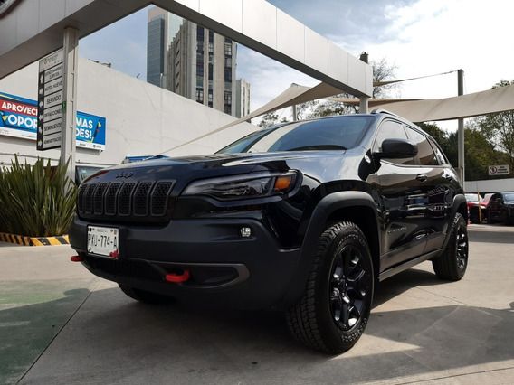 Jeep Cherokee 3.2lts Trailhawk 4x4 2019