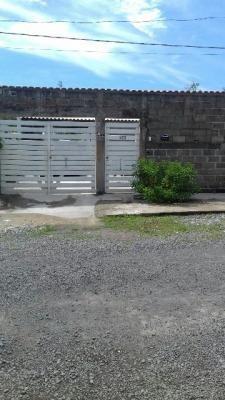 Imagem 1 de 14 de Casa No Litoral Com 3 Dormitórios Em Itanhaém/sp 2528-pc