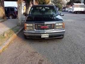 Chevrolet Suburban De Bello Van