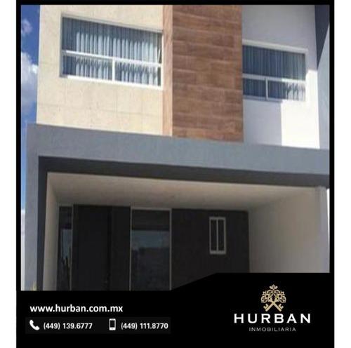 Hurban Vende Casa Inteligente Al Norte, En Coto Con Amenidades.