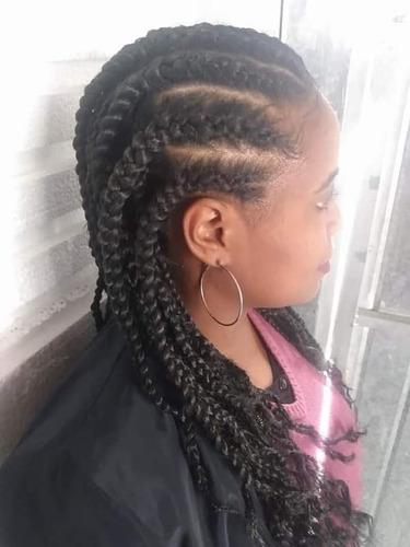Imagem 1 de 5 de Tranças Afros