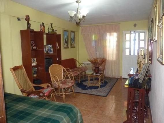 Casa En Venta En Las Acacias Mls #20-14145 Aea