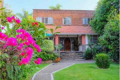 Remate De Bonita Casa En Cuernavaca A Valor De Terreno