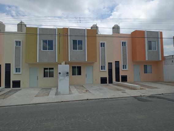 Se Vende Bonita Casa Nueva En Fracc. Vistahermosa