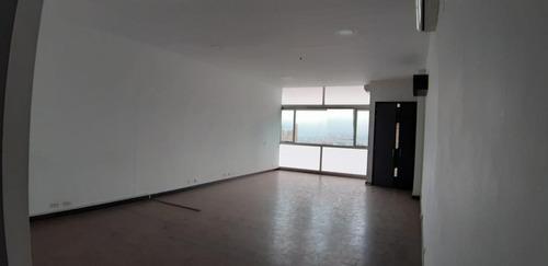 Imagen 1 de 8 de Oficina En Arriendo En Medellin El Poblado