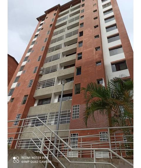 Apartamento De 3 Hab Y 2 Baños