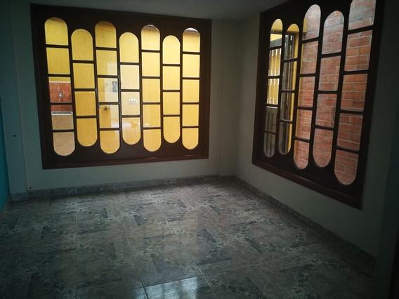 Hermosa Casa Cerca Al Portal De Las Americas