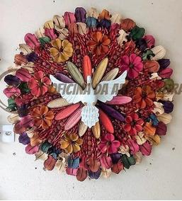 Divino Espirito Santo Decorativo Madeira E Sementes Lindo