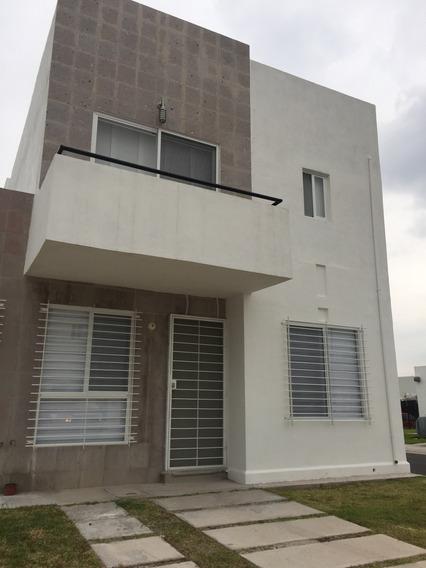 Casa En Renta En Viñedos, Querétaro