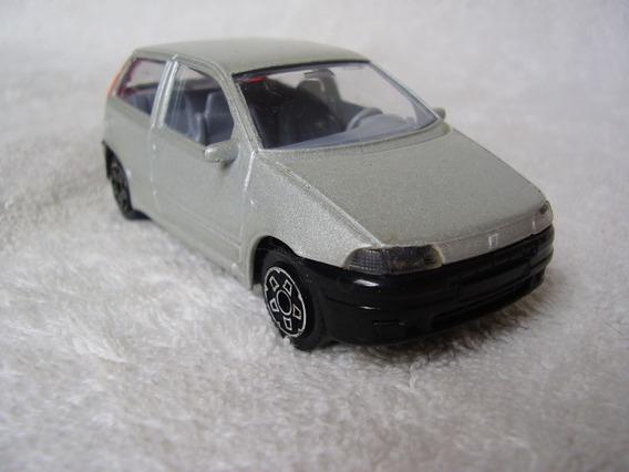 Carrinho Burago Fiat Punto Escala 1:43 Made Italy