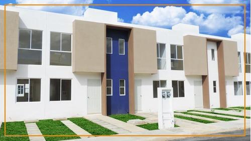 Casa En Venta En Vista Real, Cancun, Rah-mx-20-2427