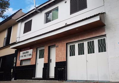 Casa Excelente Oportunidad, Dos Propiedades En Block.