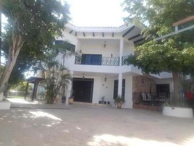 Venta De Residencia Con Alberca En Los Cabos