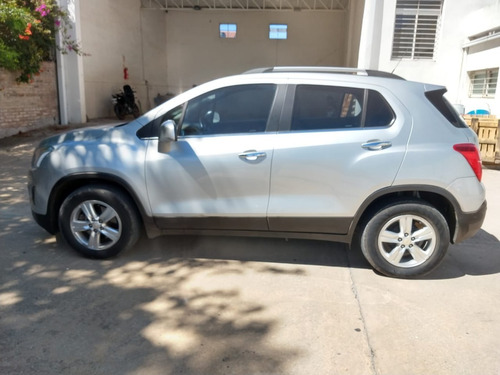 Chevrolet Tracker Ltz 4x2  2016 50.000 Km  Gris Plata 5 P
