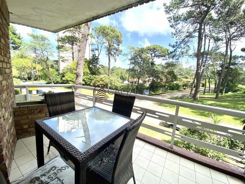 Excepcional Apartamento De Dos Dormitorios Y Medio!- Ref: 2753