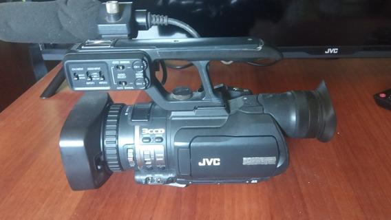 Camara De Video Jvc Hd Jvcgy-hm100u Prohd Camcorder