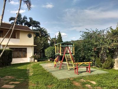 Casa Com 3 Dormitórios À Venda, 274 M² Por R$ 1.400.000 - Velha - Blumenau/sc - Ca1005