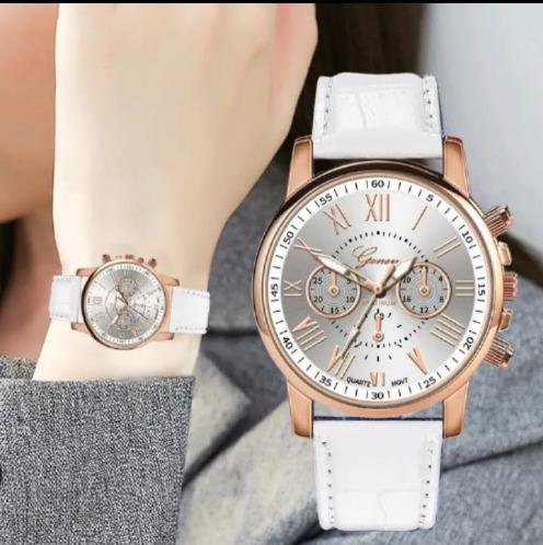 Relógio Feminino Branco Pulseira De Coiro