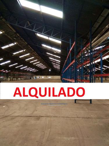 J.s Local Industrial En Piedras Blancas