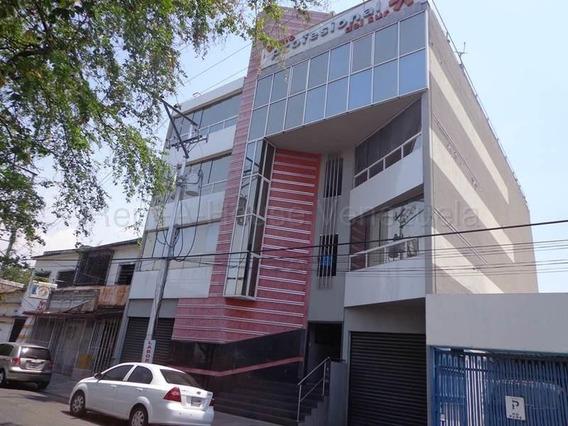 Oficina Consultorio En Alquiler. La Maracaya Cod 20-9494 Sh
