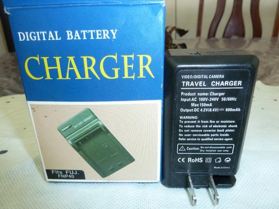 Carregador Bateria Fnp40 Com Adaptador Veicular 12 V Cc