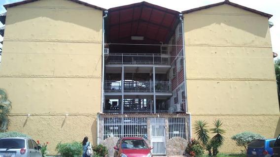 Maison Inmobiliaria Vende Apto En Urb El Lago Los Samanes
