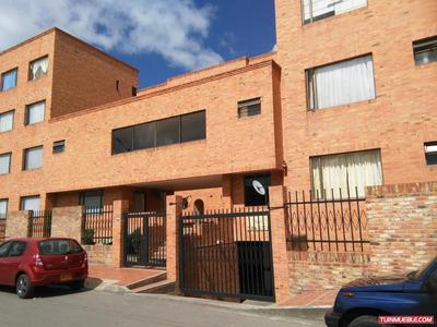 Apartamentos En Venta Conjunto Residencial Santarita Lll