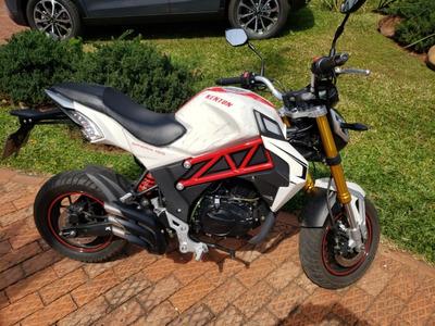 Moto Naked Spark 150