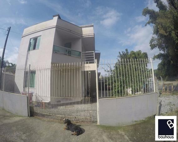 Casa + 02 Apartamentos E 02 Kitnet Em Balneário Camboriú/sc - Ca00025 - 4579778