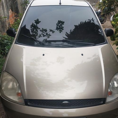 Imagem 1 de 4 de Ford Fiesta 2005 1.6 Flex 5p