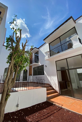 Imagen 1 de 22 de Casa En Venta Totalmente Remodelada Con 3 Recs En Barrio Del