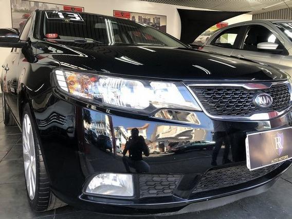 Kia Cerato 1.6 E.213 Sedan 16v 2013