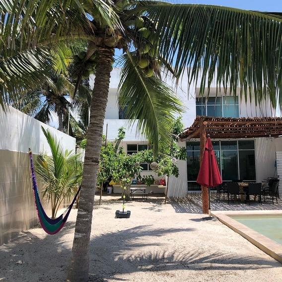 Venta Casa Vacacional En Chicxulub A 100 Mts De La Playa En Yucatán