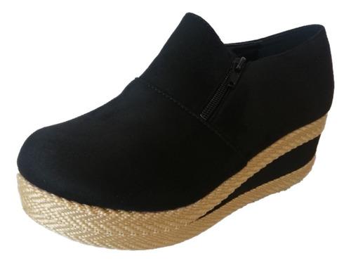 Imagen 1 de 10 de Panchita - Zapato De Mujer Yh-1 Negro
