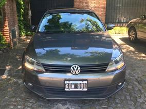 Volkswagen Vento 2.5 - Primera Mano