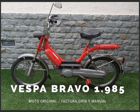 Motos De Colección Vespa Honda Y Suzuki