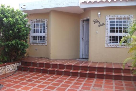 Casa En Venta, Urb Santa Fe, Mls #19-5442
