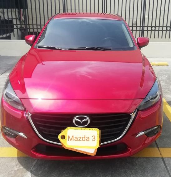 Mazda 3 Touring Motor 2.0 Rojo Diamante 2020 5.100 Km