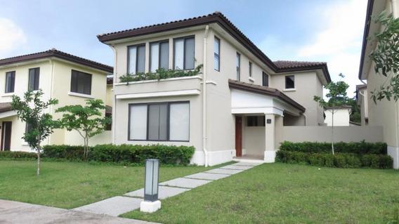 Venta Hermosa Casa En River Valley Panama Pacifico Panama