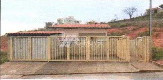 Rua D, Cidade Universitaria, São Gonçalo Do Rio Abaixo - 440833