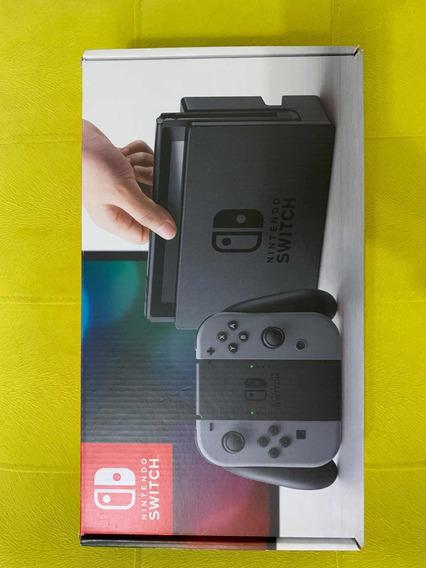 *promoção* Nintendo Switch - Semi-novo Com Dois Jogos