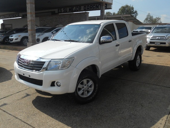 Toyota Hilux 2015 Blanco Doble Cabina