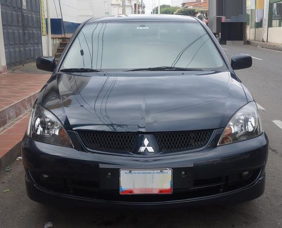 Mitsubishi Lancer Touring 2.0 Sincrónico