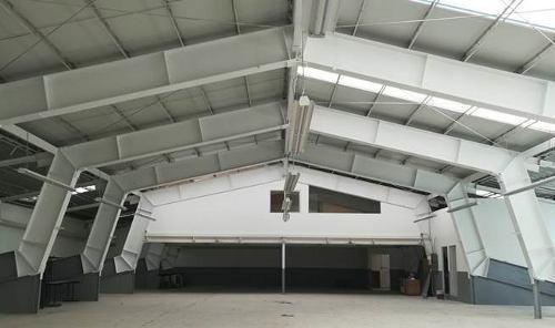 Espacio Para Almacenar - Showroom Con Oficina En Parque Ind