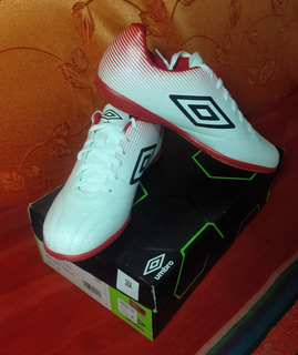 Exclusivo Zapatillas Umbro Fusion 3 Futsal Fulbito No adidas