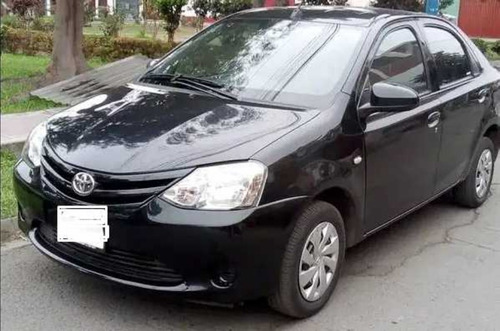Alquilo Toyota Yaris 2014