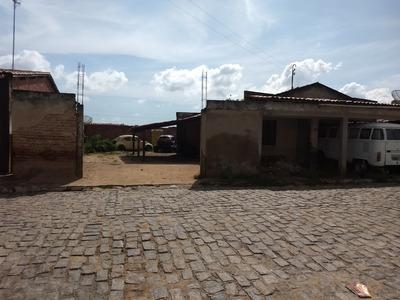 Terreno 750m², Com Casa. Bairro Cidade Alta - Limoeiro Do N