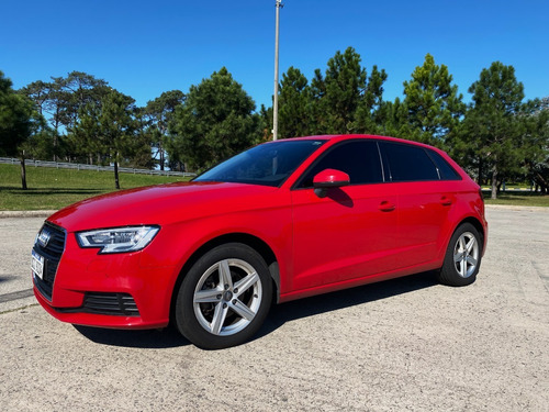 Audi A3 1.2 Turbo Manual Impecable