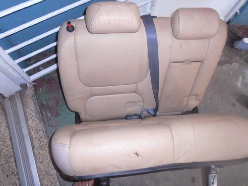 Vendo Asiento Trasero De Land Rover Freelander 2003