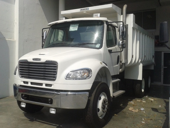 Volqueta Freightliner M2 106 6x4